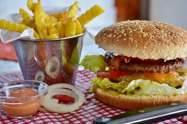 1300 calorie meal plan - junk food