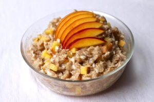 2000 calories a day diet - nectarine oatmeal