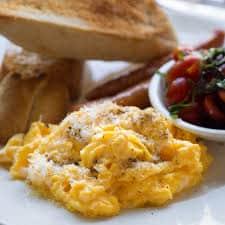 South beach diet phase 1 - tomato scrambled eggs