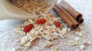 1300 calorie vegan meal plan - oat bran and cinnamon