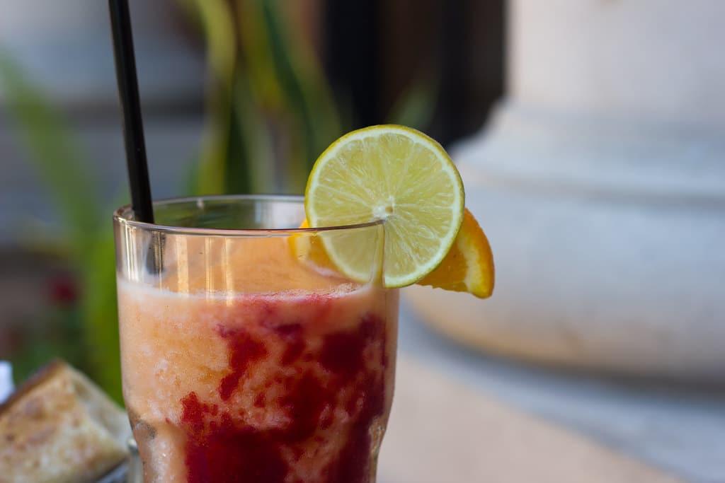 Raw vegan breakfast smoothie recipes