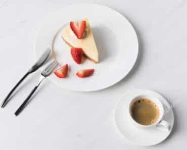 Lemon Ricotta Keto Cheesecake