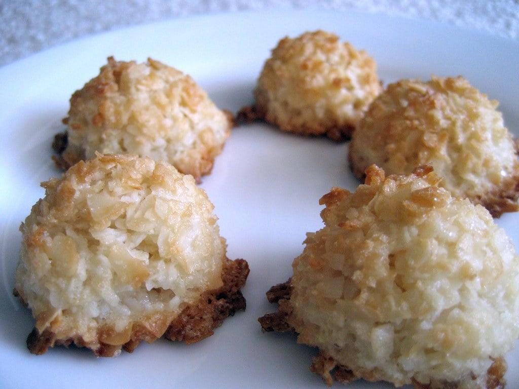 Coconut Keto Macaroons
