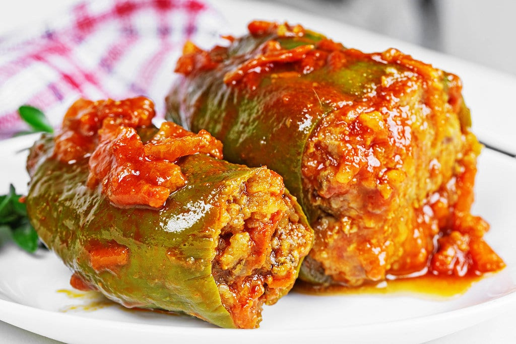 Vegan stuffed peppers with rice
